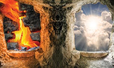 Kisah Orang Saleh dan Pemabuk
