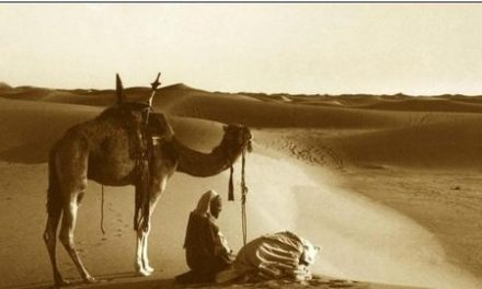 Imam Abdullah Ibn al Mubarak Menuntun Orang Majusi Hingga Husnul Khatimah