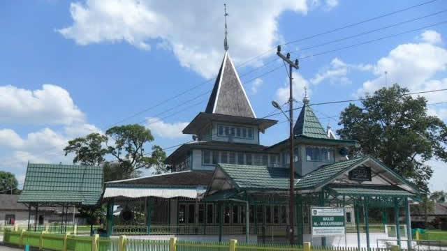 Kisah Masjid Keramat Yang Menjadi Saksi Masuknya Islam ke Kalimantan Selatan