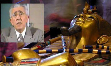 Kisah Maurice Bucaille, Ilmuwan Perancis Yang Menjadi Mualaf Setelah Meneliti Mumi Firaun
