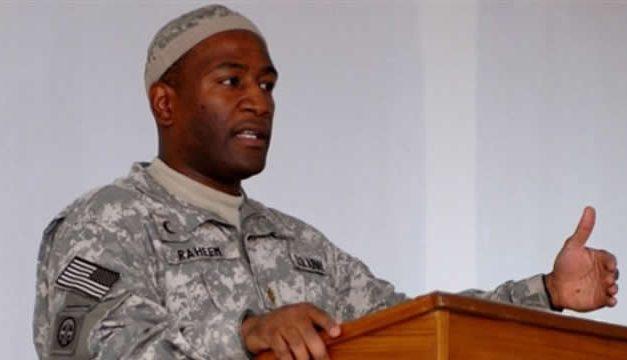 Kisah Mayor Ibraheem Raheem, Masuk Islam Dan Menjadi Imam Tentara AS