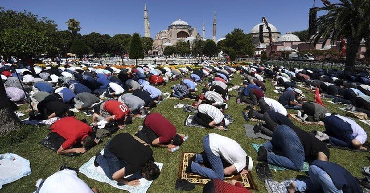 Lika-liku 1500 Tahun Hagia Sophia: Kisah 4 Penguasa
