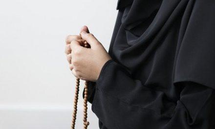 Kisah Fatimah Ridho Hidup Sederhana meski Kotor dan Lusuh